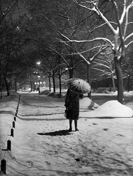 esernyő-havazás