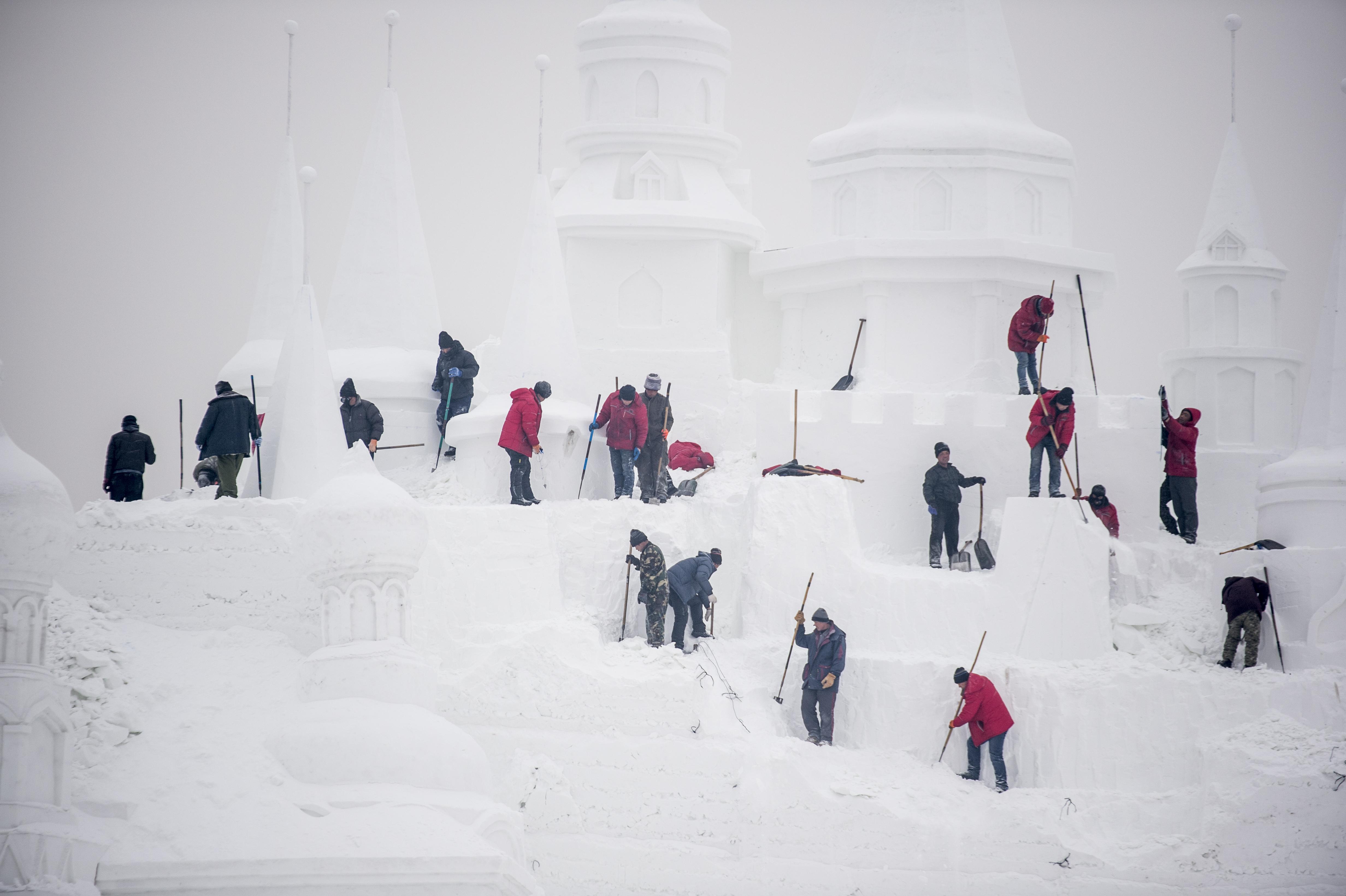 Orosz kolykok a magasban 496 - Harbin Ice And Snow Festival Forr S Web