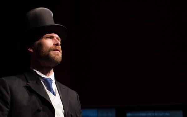 Herzl tervez, Isten végez
